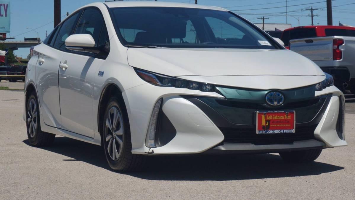 2017 Toyota Prius Prime JTDKARFPXH3065737