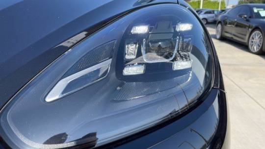 2018 Porsche Cayenne WP1AE2A28JLA71964