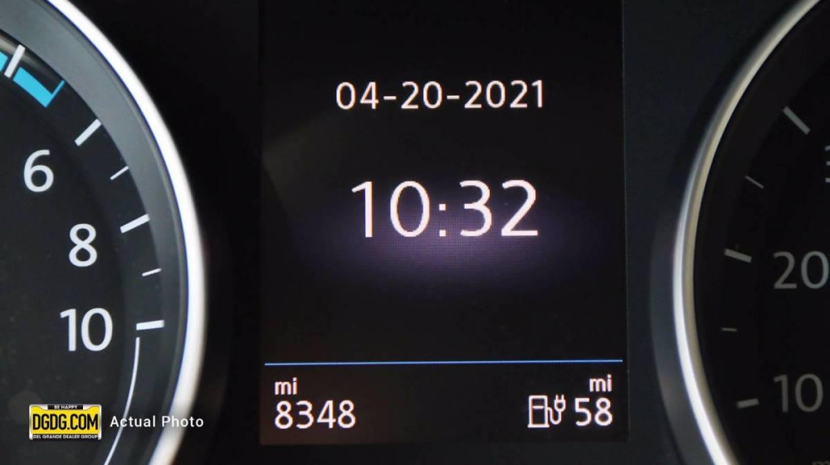 2019 Volkswagen e-Golf WVWKR7AU3KW908189