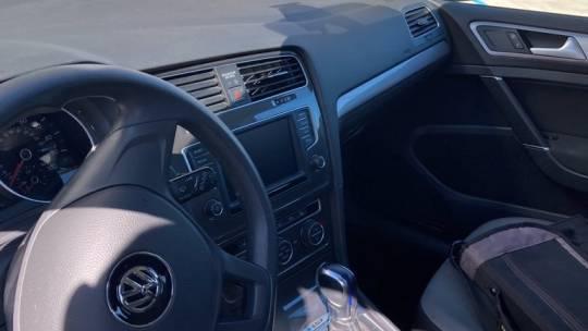 2016 Volkswagen e-Golf WVWKP7AU7GW914171
