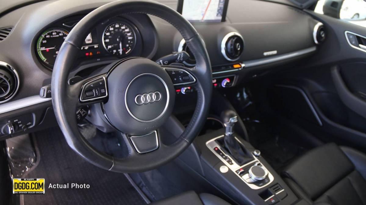 2016 Audi A3 Sportback e-tron WAUSPBFF4GA103046