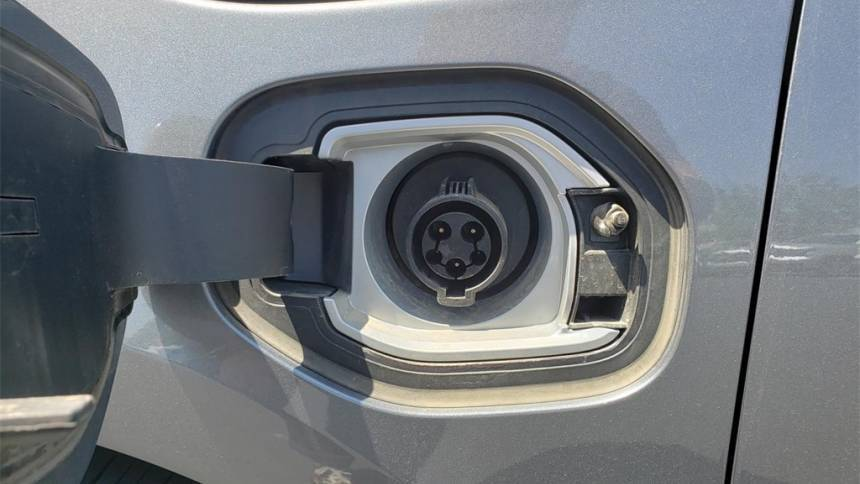 2018 Chevrolet VOLT 1G1RD6S50JU137773