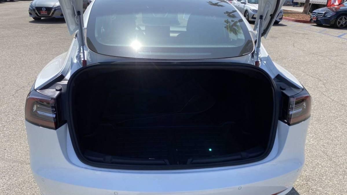 2019 Tesla Model 3 5YJ3E1EA4KF427272