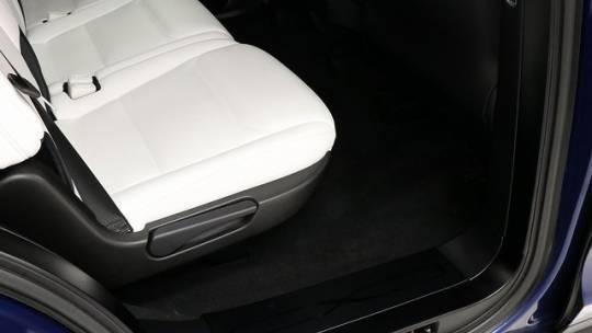 2017 Tesla Model X 5YJXCDE25HF060151