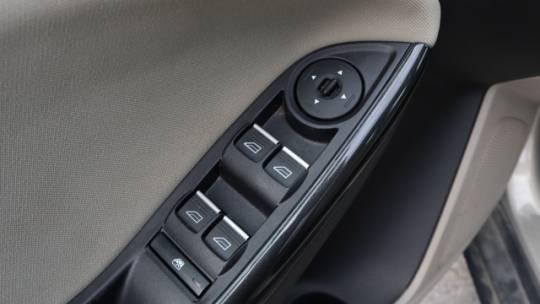2015 Ford Focus 1FADP3R44FL321265