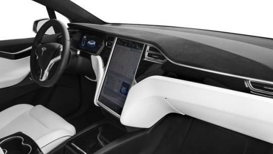 2017 Tesla Model X 5YJXCBE28HF077675