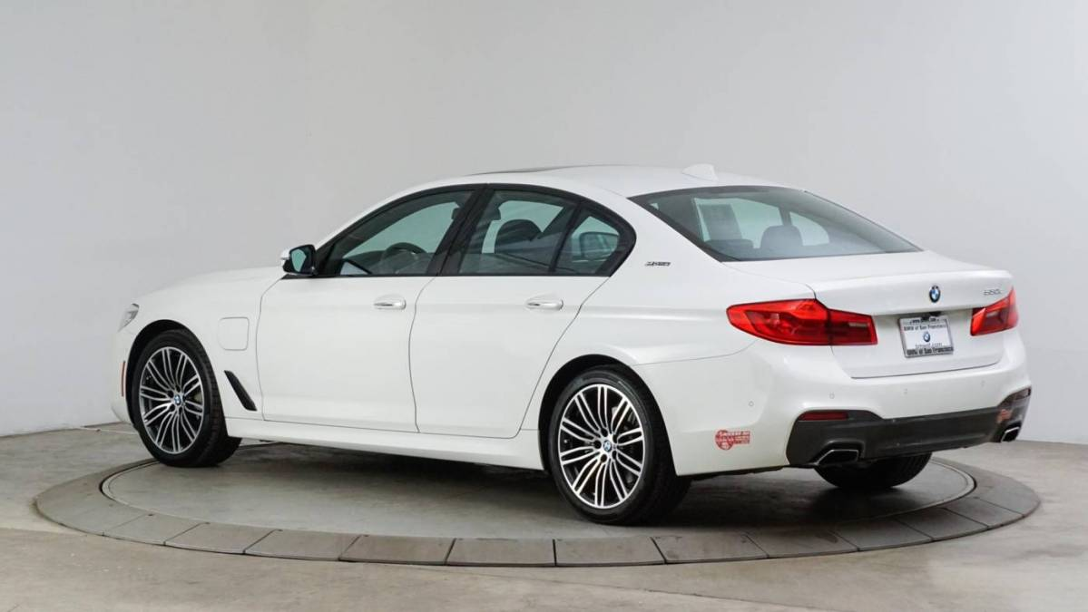 2018 BMW 5 Series WBAJA9C57JB249475
