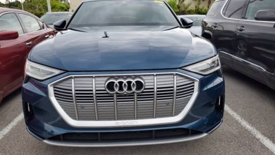 2019 Audi e-tron WA1LABGE1KB013123