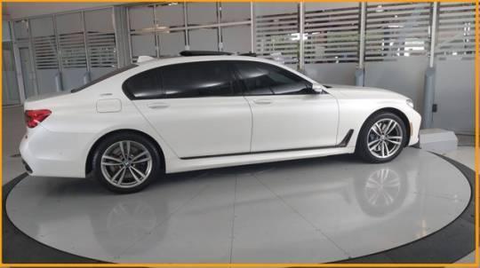 2018 BMW 7 Series WBA7J2C57JB246237