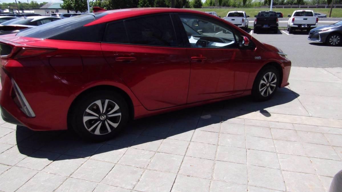 2018 Toyota Prius Prime JTDKARFP7J3101860