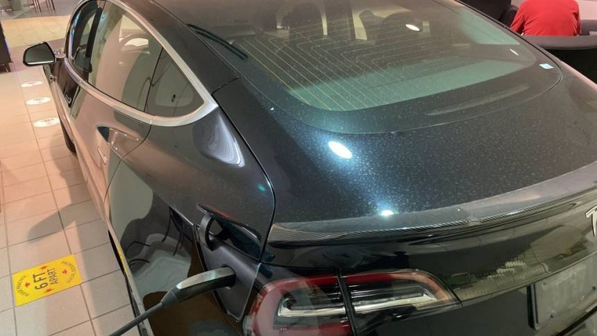 2019 Tesla Model 3 5YJ3E1EB2KF384219