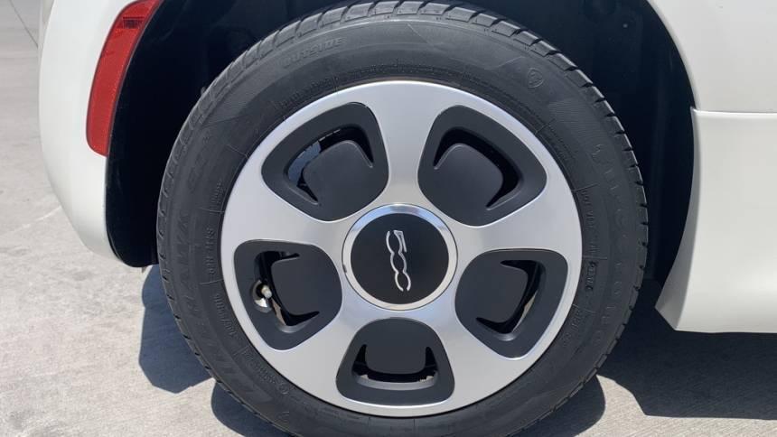 2018 Fiat 500e 3C3CFFGE1JT469607