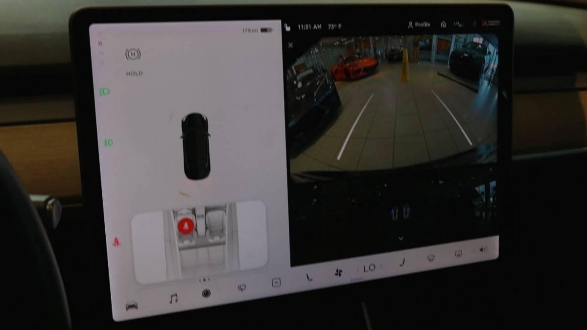 2018 Tesla Model 3 5YJ3E1EB9JF178717