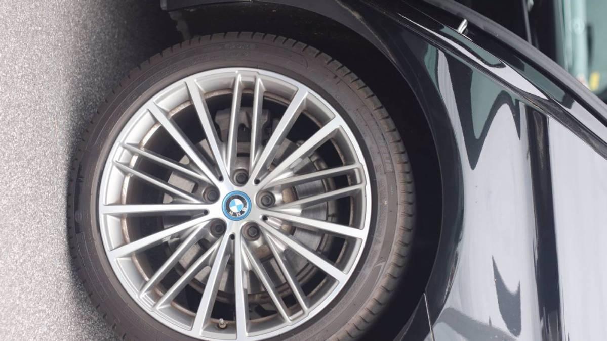 2018 BMW 5 Series WBAJA9C5XJB250250