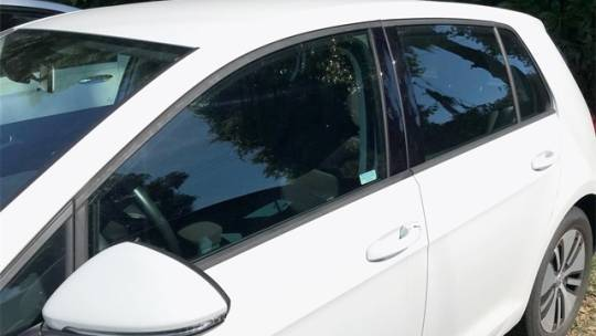 2017 Volkswagen e-Golf WVWKR7AU2HW950636