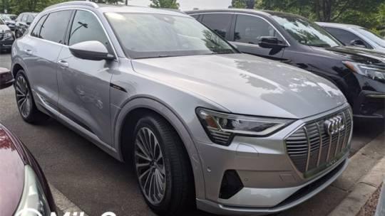 2019 Audi e-tron WA1VAAGE4KB022157