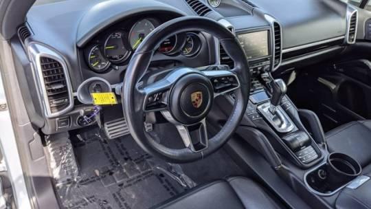 2016 Porsche Cayenne WP1AE2A23GLA62047
