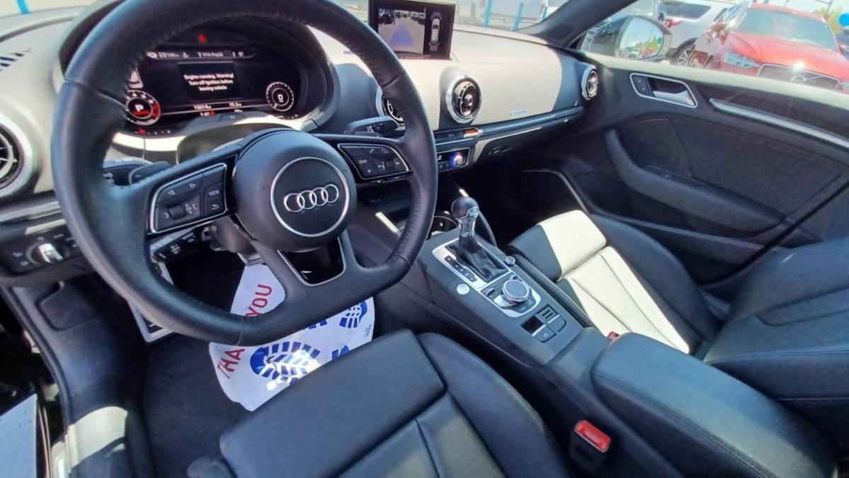 2018 Audi A3 Sportback e-tron WAUSPBFF0JA093591