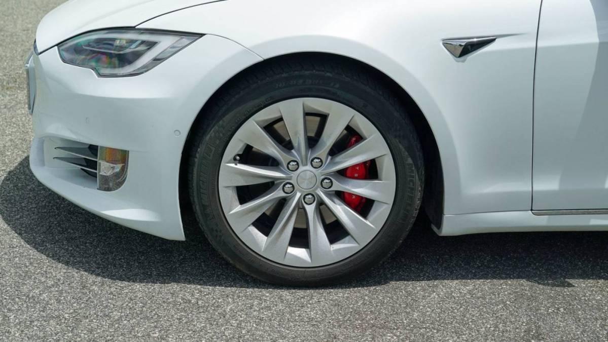 2018 Tesla Model S 5YJSA1E47JF259062