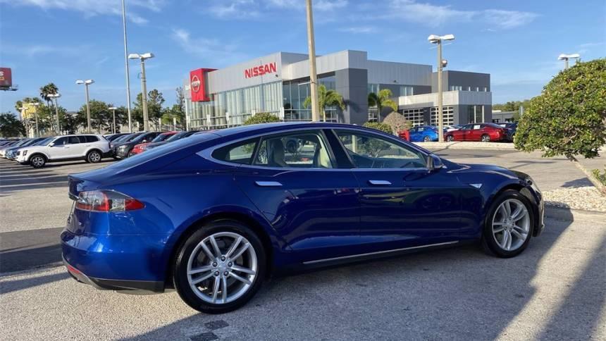 2015 Tesla Model S 5YJSA1E18FF101990