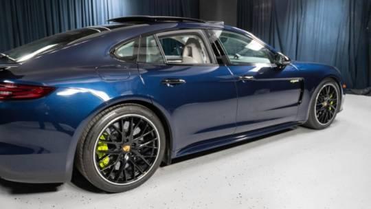 2018 Porsche Panamera WP0AH2A76JL145015