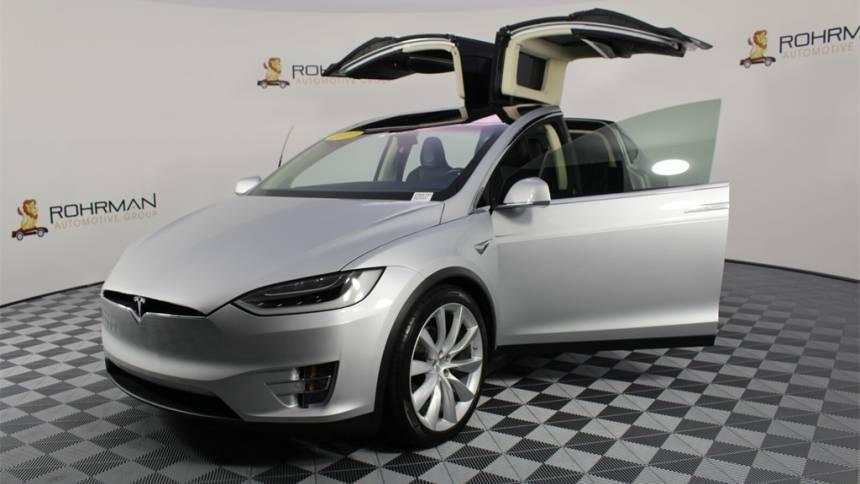 2017 Tesla Model X 5YJXCAE20HF035270