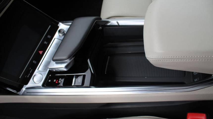 2019 Audi e-tron WA1VAAGE4KB009148