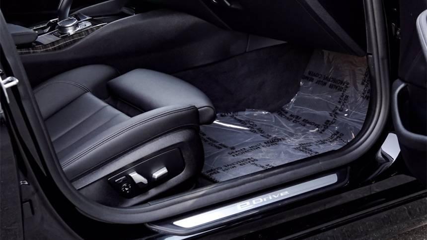 2019 BMW 5 Series WBAJA9C59KB388542