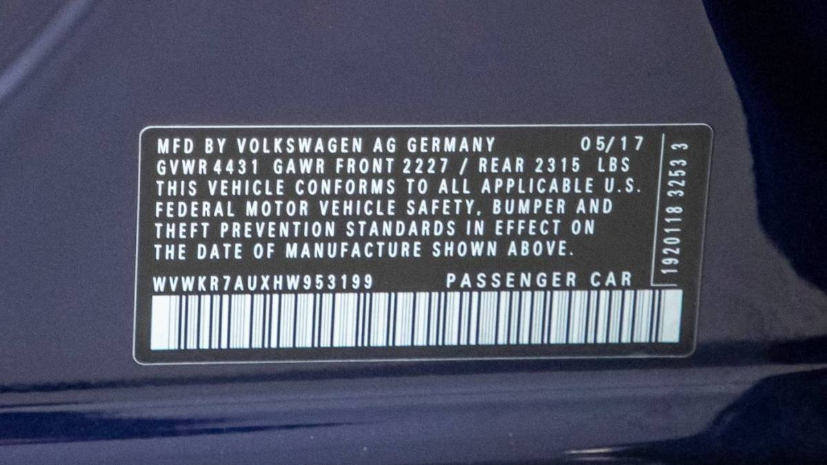 2017 Volkswagen e-Golf WVWKR7AUXHW953199