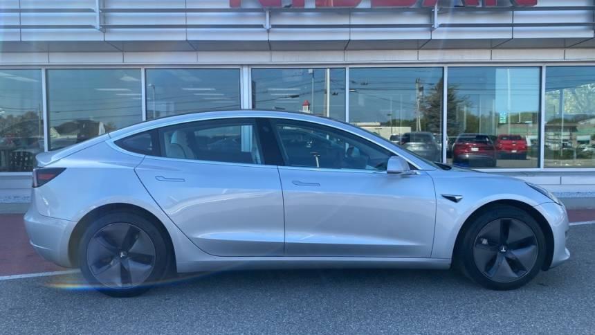 2018 Tesla Model 3 5YJ3E1EB4JF085765