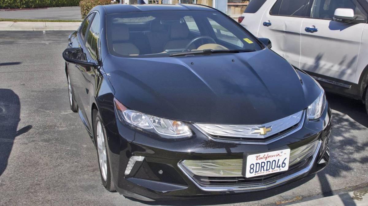 2018 Chevrolet VOLT 1G1RD6S5XJU111682