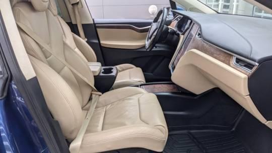 2016 Tesla Model X 5YJXCAE21GF020971