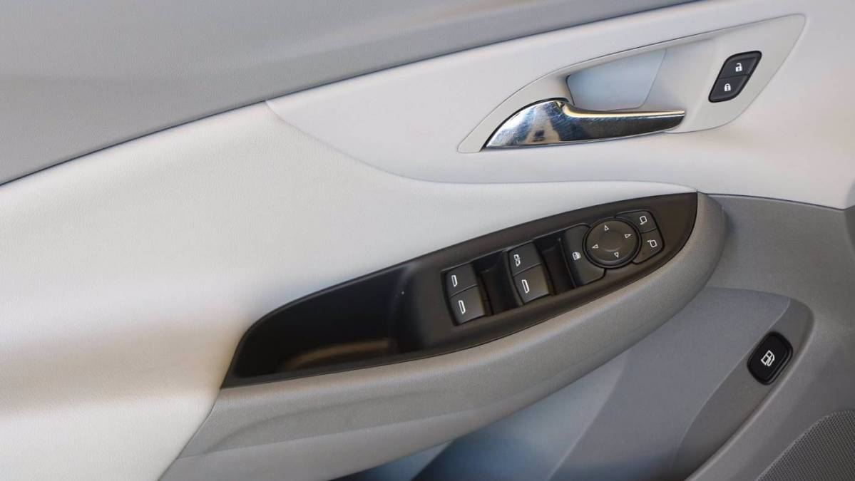 2018 Chevrolet VOLT 1G1RC6S53JU134787