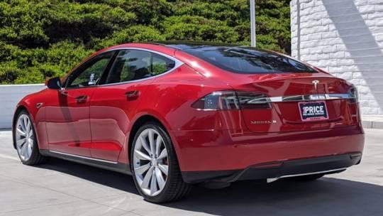2015 Tesla Model S 5YJSA1H21FFP68548