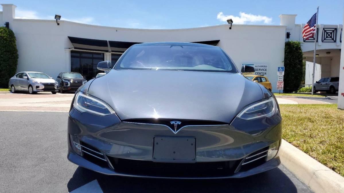 2017 Tesla Model S 5YJSA1E4XHF216734