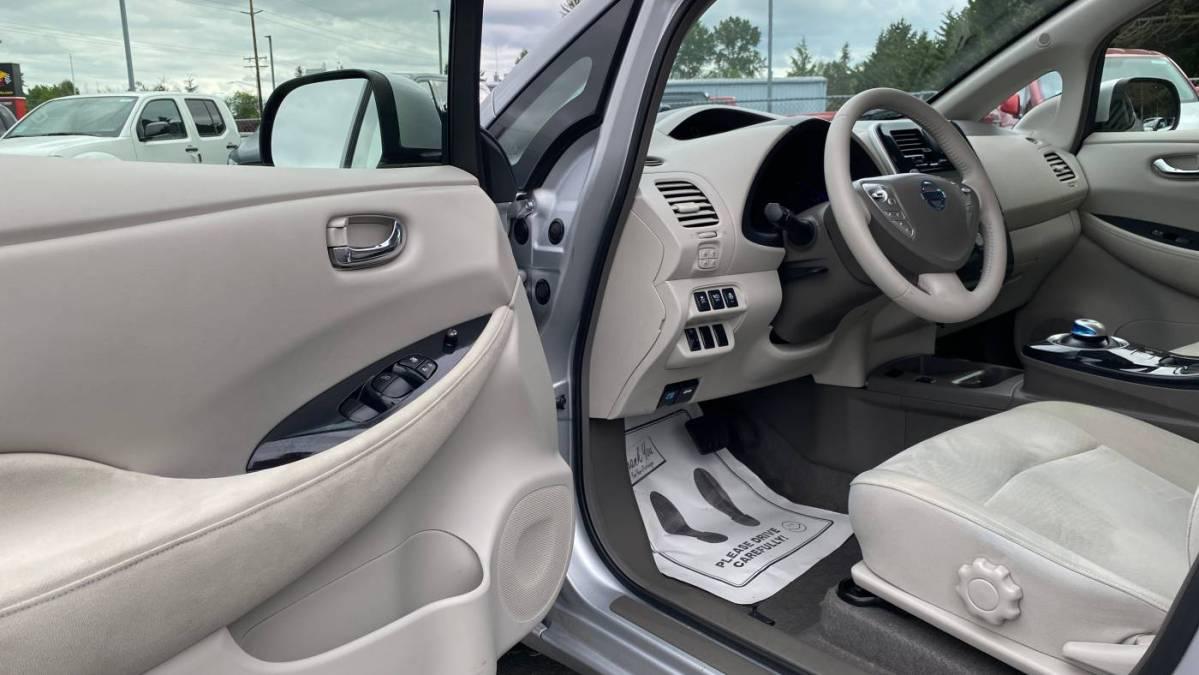 2012 Nissan LEAF JN1AZ0CP8CT015905