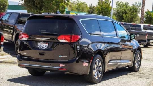 2018 Chrysler Pacifica Hybrid 2C4RC1N77JR213657