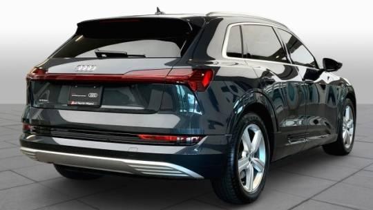 2019 Audi e-tron WA1LAAGEXKB024938