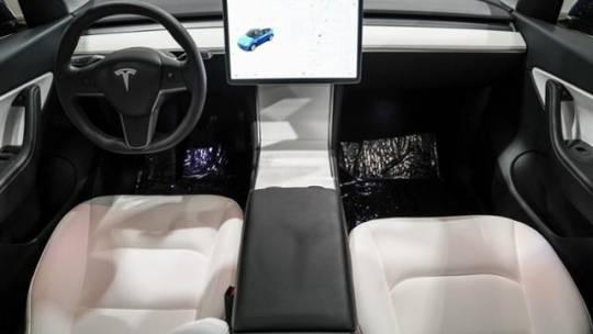 2020 Tesla Model Y 5YJYGDEE5LF056337