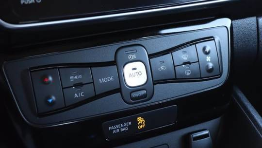 2018 Nissan LEAF 1N4AZ1CP5JC301393