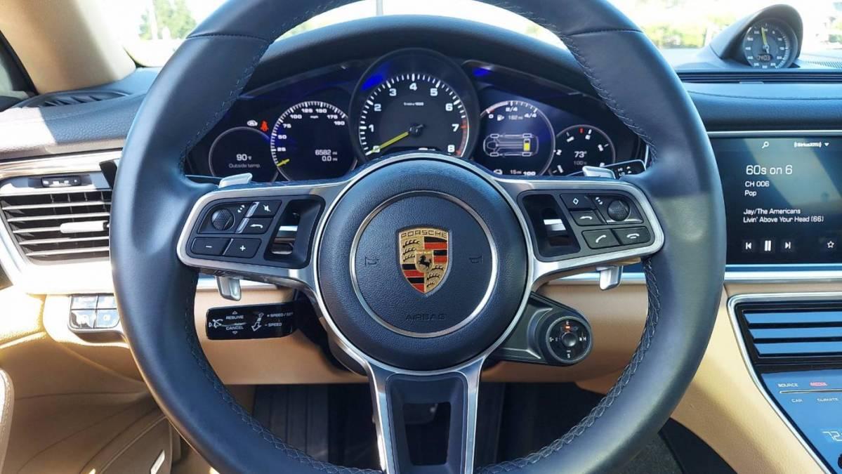 2019 Porsche Panamera WP0AE2A70KL124834