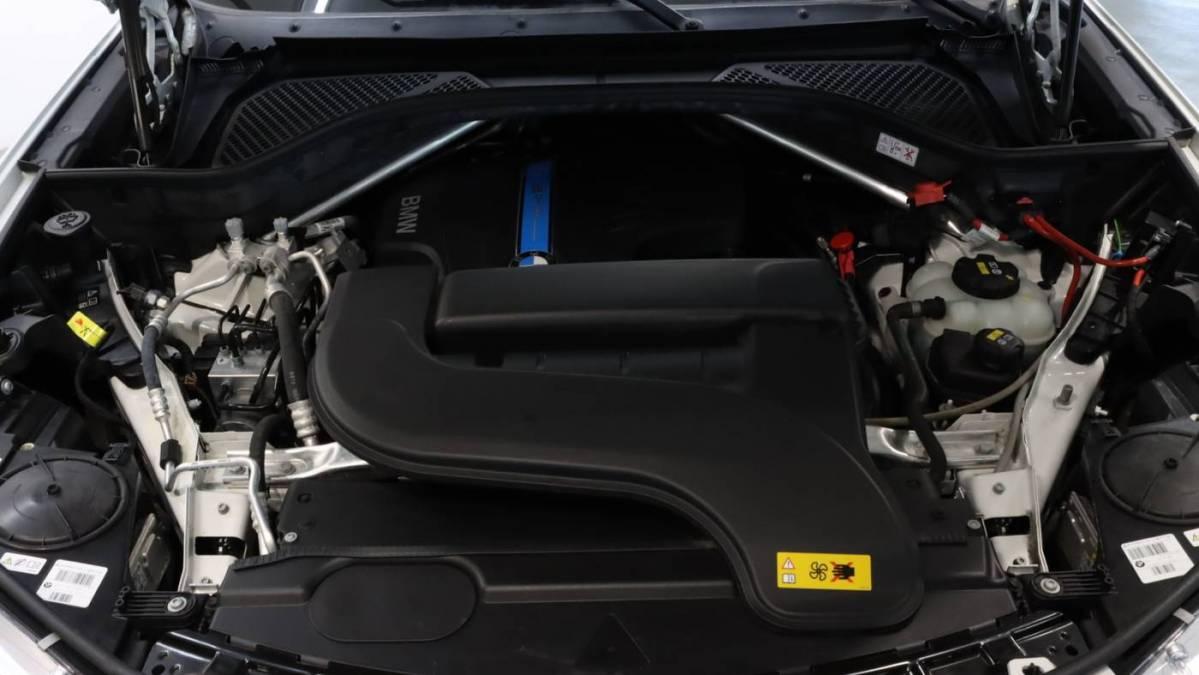 2018 BMW X5 xDrive40e 5UXKT0C52J0W04057