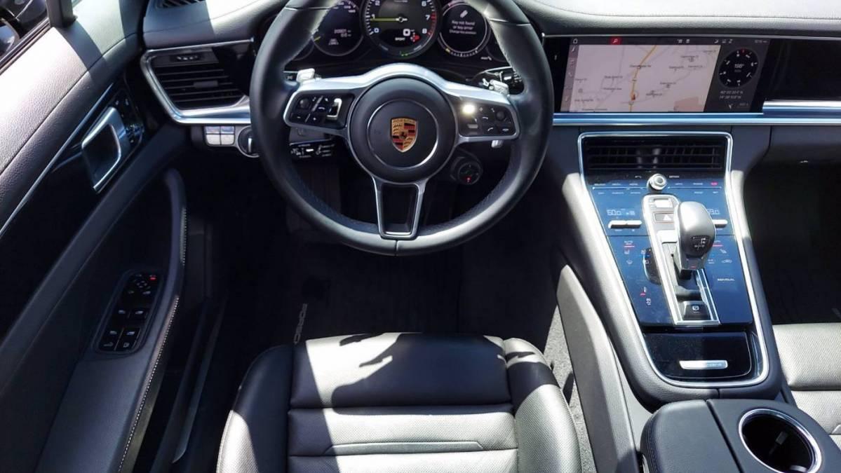 2018 Porsche Panamera WP0AE2A79JL176493