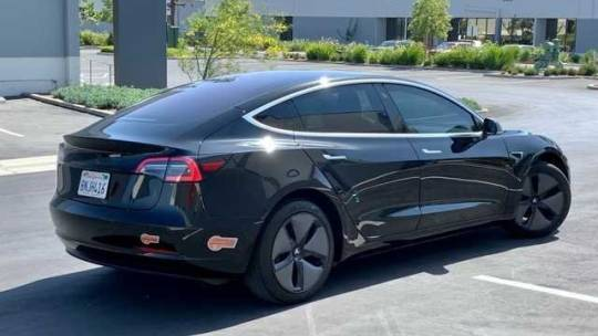 2019 Tesla Model 3 5YJ3E1EA3KF306118