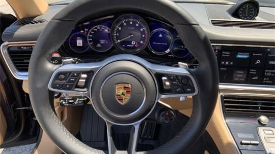 2019 Porsche Panamera WP0AE2A73KL123435