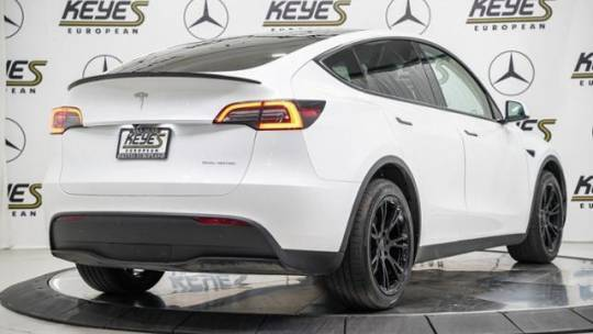 2021 Tesla Model Y 5YJYGDEE6MF081295
