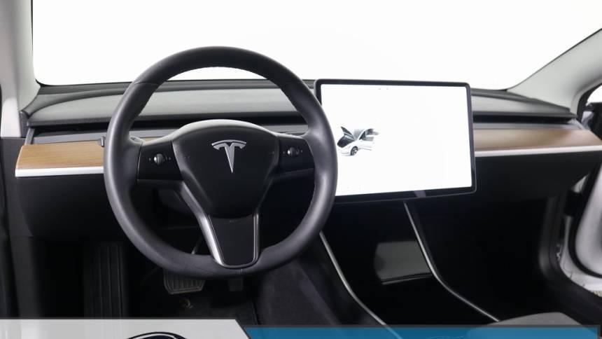 2019 Tesla Model 3 5YJ3E1EB3KF493840