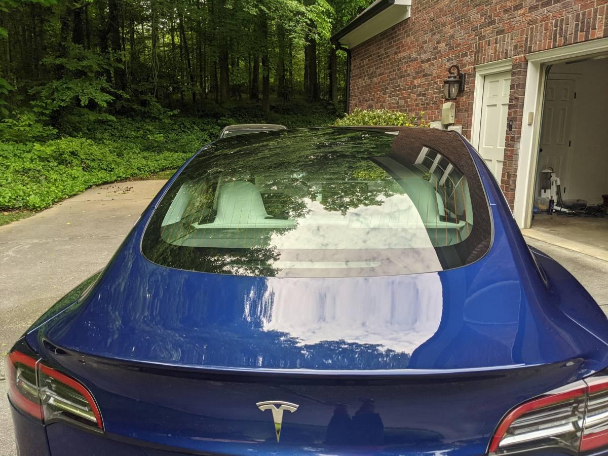 2018 Tesla Model 3 5YJ3E1EB7JF086084