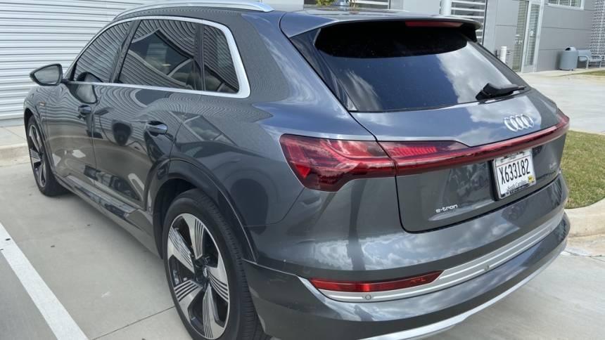 2019 Audi e-tron WA1VAAGE8KB006379
