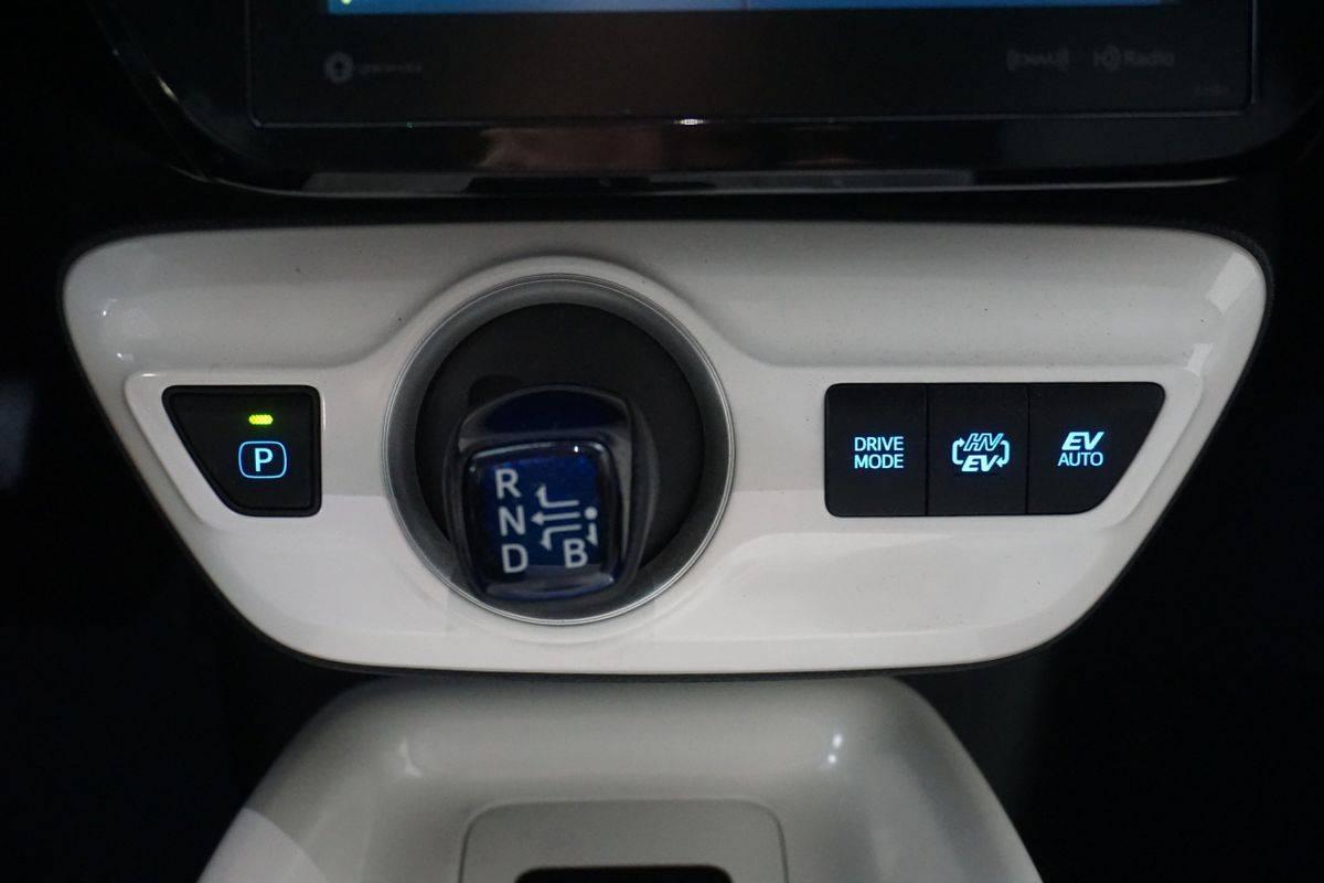 2018 Toyota Prius Prime JTDKARFP1J3087941